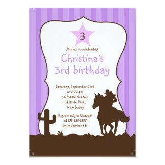 Niedliche kleine Cowgirl-Geburtstags-Party Personalisierte Ankündigungskarten