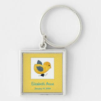 Niedliche Land-Art-Gelb-Küken-Geburts-Mitteilung Silberfarbener Quadratischer Schlüsselanhänger