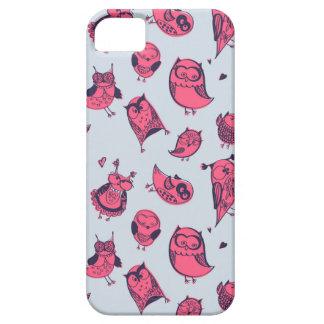 Niedliche lustige Eulen in der rosa flüchtigen iPhone 5 Hülle