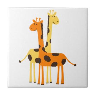 Niedliche lustige Giraffen-Paare Keramikfliese