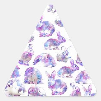 Niedliche lustige Kaninchen Dreieckiger Aufkleber