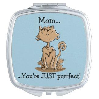 Niedliche Mama-Katze und Kätzchen Schminkspiegel