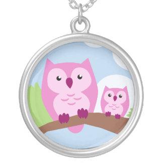 Niedliche rosa Eulen-Mutter und Kinderhalskette Versilberte Kette
