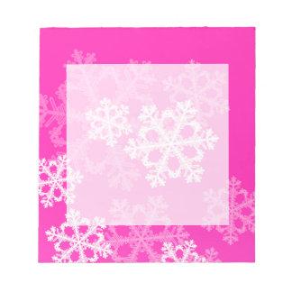 Niedliche rosa und weißes Weihnachtsschneeflocken Notizblock