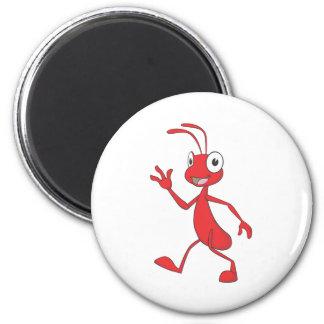 Niedliche rote Ameisen-gehende wellenartig bewegen Kühlschrankmagnet