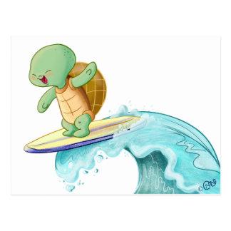 Niedliche Schildkröte, die Kawaii Postkarte surft