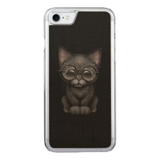 Niedliche schwarze Kätzchen-Katze mit Carved iPhone 8/7 Hülle