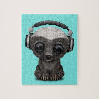 Niedliche tragende Kopfhörer Baby-Honig-Dachs-DJ Puzzle