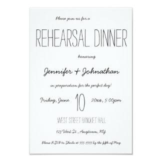 Niedliche Typografie-Proben-Abendesseneinladungen Karte