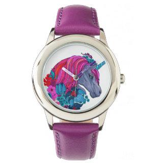 Niedliche violette magische armbanduhr