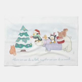 Niedliche Weihnachtstiere, die einen Küchentuch