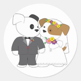 Niedliche Welpen-Heirat Runde Sticker