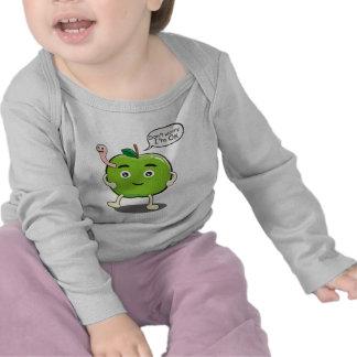 niedlicher Apple mit niedlichem Wurm Tshirt
