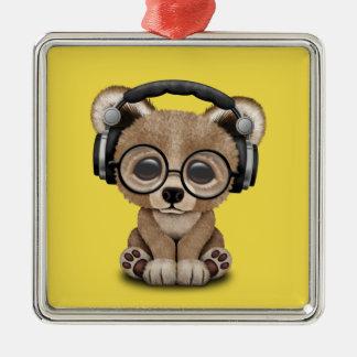 Niedlicher Baby-Bärn-tragende Kopfhörer Quadratisches Silberfarbenes Ornament