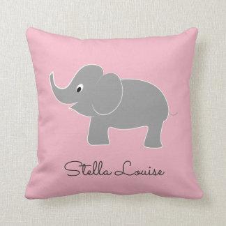 Niedlicher Baby-Elefant auf Kinderzimmer des Kissen