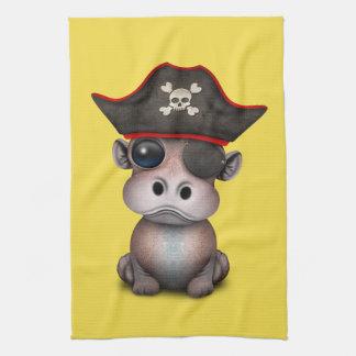 Niedlicher Baby-Flusspferd-Pirat Handtuch
