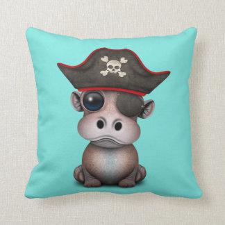 Niedlicher Baby-Flusspferd-Pirat Kissen