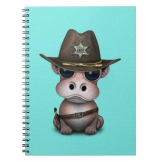 Niedlicher Baby-Flusspferd-Sheriff Notizblock