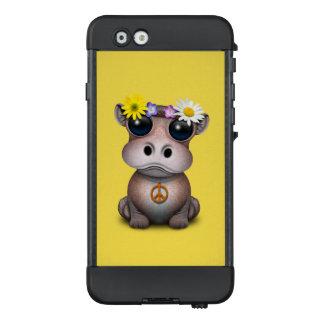 Niedlicher Baby-FlusspferdHippie LifeProof NÜÜD iPhone 6 Hülle