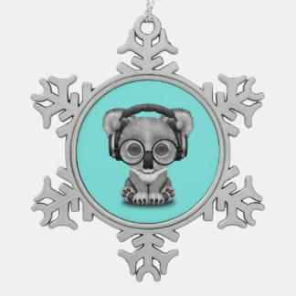 Niedlicher Baby-Koala-tragende Kopfhörer Schneeflocken Zinn-Ornament
