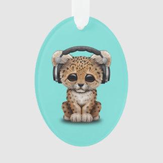 Niedlicher Baby-Leopard-tragende Kopfhörer Ornament