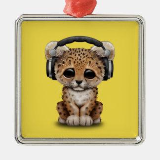 Niedlicher Baby-Leopard-tragende Kopfhörer Quadratisches Silberfarbenes Ornament