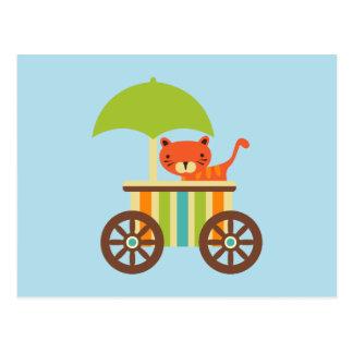 Niedlicher Baby-Tiger auf Eiscreme-Wagen scherzt Postkarte
