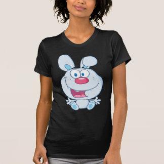 Niedlicher blauer Häschen-Cartoon-Charakter Hemd