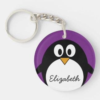 niedlicher Cartoon Penguin lila Schlüsselanhänger