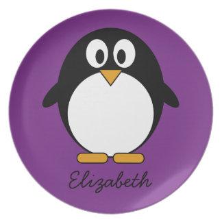 niedlicher Cartoon Penguin lila Teller
