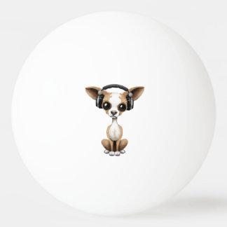 Niedlicher Chihuahua-Welpen-tragende Kopfhörer Ping-Pong Ball