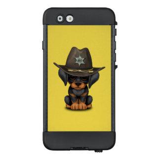 Niedlicher Dobermann-Welpen-Hundesheriff LifeProof NÜÜD iPhone 6 Hülle