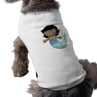 Niedlicher dunkler Haut-Meerjungfrau-Mädchen-Fisch T-Shirt
