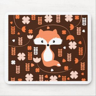 Niedlicher Fuchs, Blumen und Blätter in der Orange Mauspad