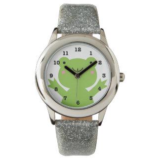 Niedlicher glücklicher grüner Frosch nummeriert Uhr