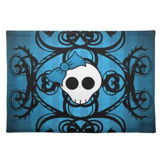 Niedlicher gotischer Schädel auf Blau und Schwarze Tischset