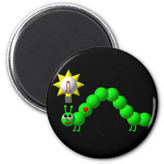 Niedlicher Inchworm mit einer Idee! Runder Magnet 5,1 Cm