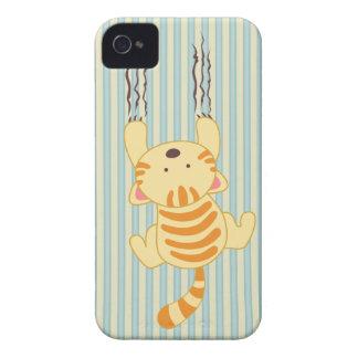 Niedlicher Kitty, der das Wandspaß-BlackBerry iPhone 4 Hülle