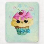Niedlicher Kitty-kleiner Kuchen Mauspad