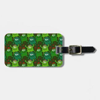 Niedlicher kleiner grüne Mann-Gepäck-Umbau Gepäckanhänger