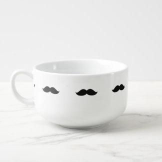 Niedlicher lustiger schwarzer Schnurrbart Große Suppentasse