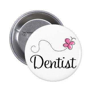 Niedlicher rosa Schmetterlings-Zahnarzt Runder Button 5,7 Cm