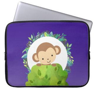Niedlicher Safari-Affe mit tropischem Blätter Laptopschutzhülle