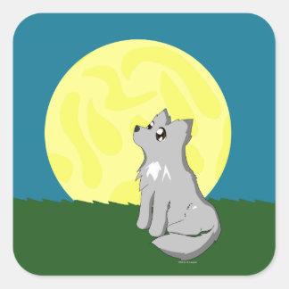 Niedlicher schäbiger Wolf mit Mond Quadrat-Aufkleber