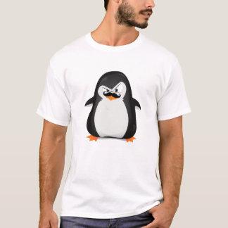 Niedlicher Schwarz-weißer Penguin und lustiger T-Shirt