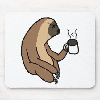 Niedlicher Sloth-trinkender Kaffee Mauspads