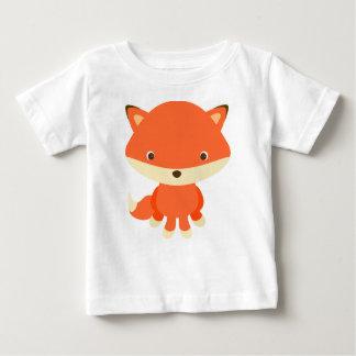 niedlicher T - Shirt des Babyfuchses