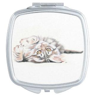 Niedlicher Tabby-Maine-Waschbär-KätzchenWatercolor Schminkspiegel