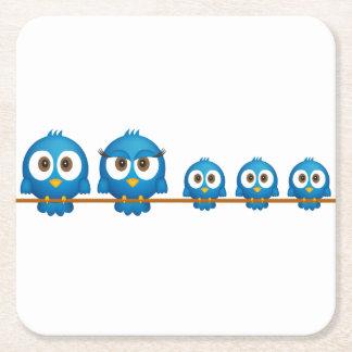Niedlicher Twittervogelfamilien-Cartoon Rechteckiger Pappuntersetzer