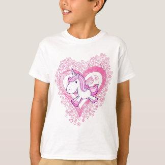 Niedlicher Unicorn mit Gekritzel-Blumen-u. Herz-T T-Shirt